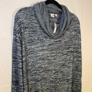 Gap gray turtle neck Lg